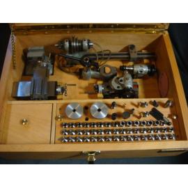 Órakészítő esztergagép